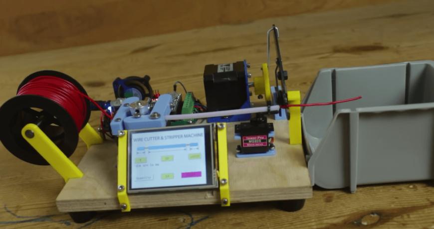 la maquina basada en arduino facilita cortar y pelar cables 5fd16d2ec9b2e - Electrogeek