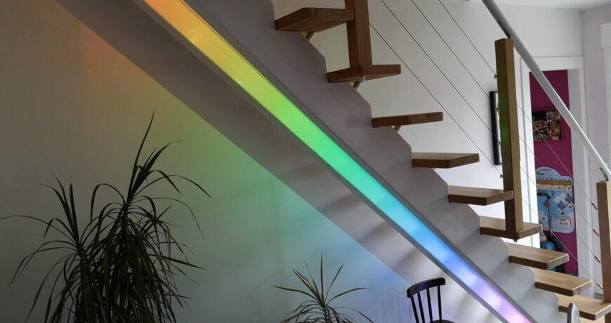 convierta su escalera en un estilo con este sistema led 600b6f3a8ea82 - Electrogeek